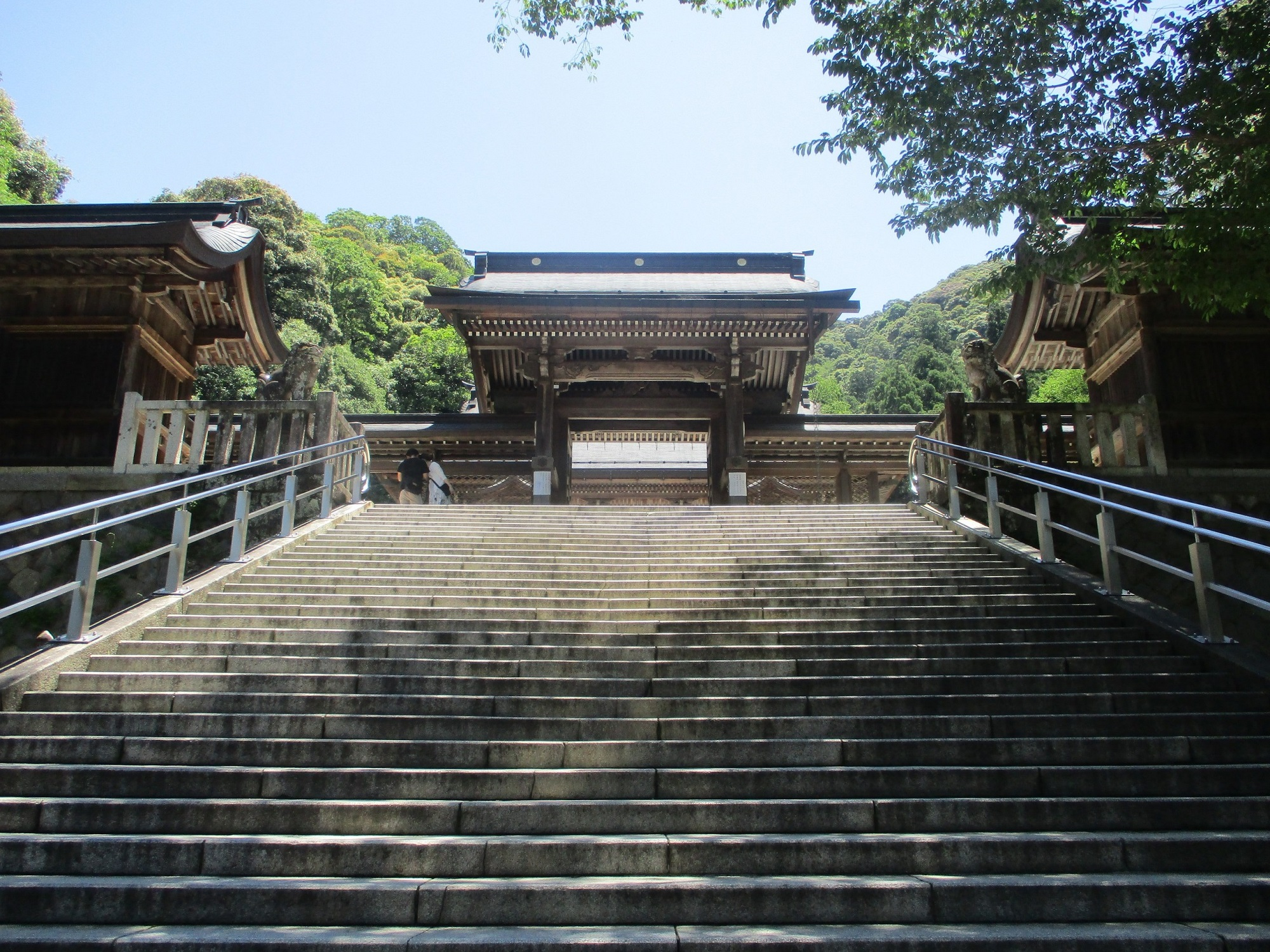 2020.6.7 (8) 伊奈波神社 - 中門 2000-1500