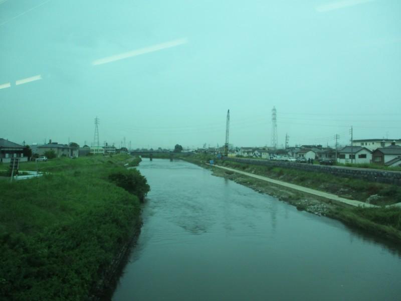 2020.7.3 (14) 一宮いき急行 - 五条川をわたる(ひだり) 1600-1200