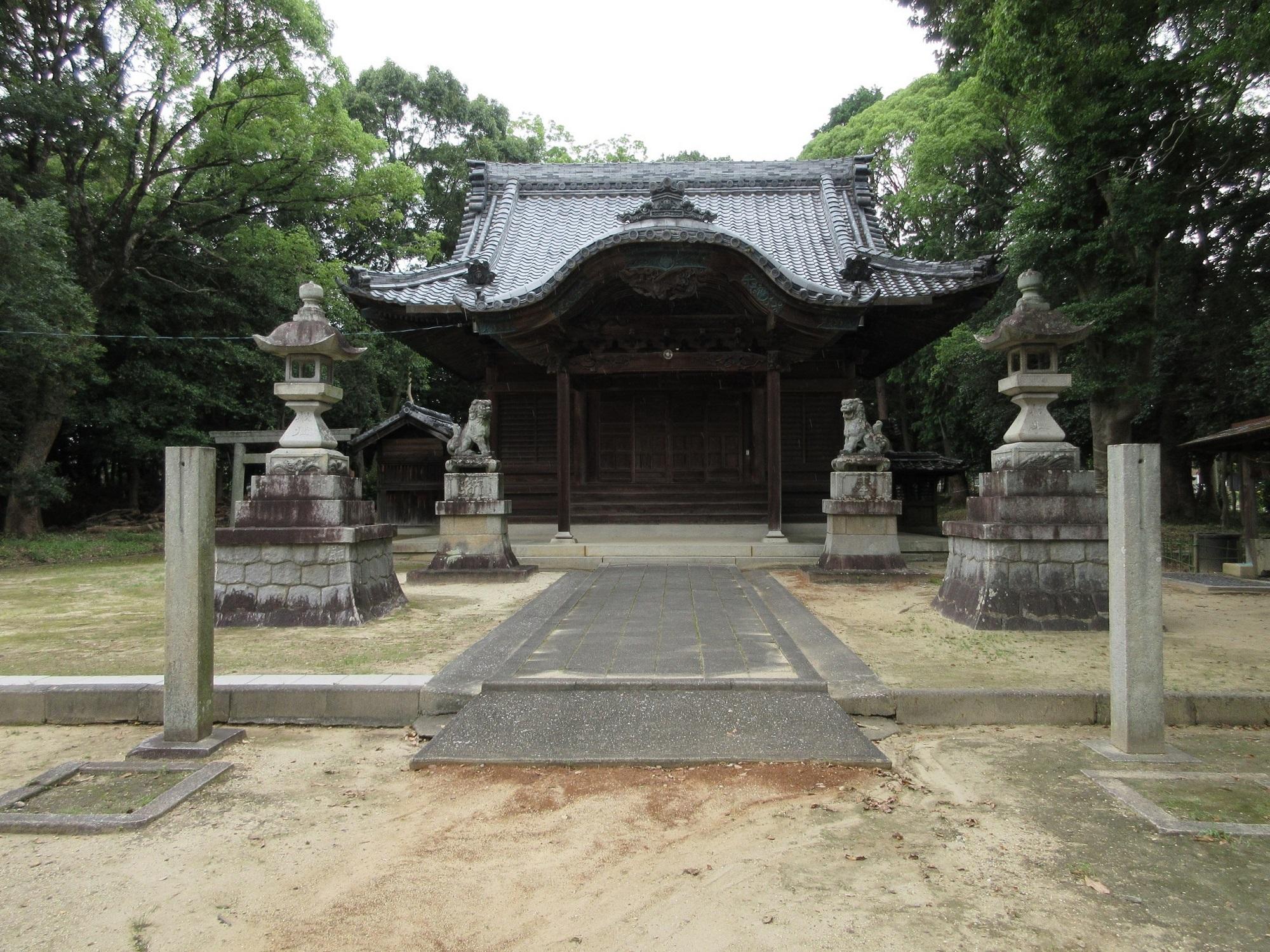 2020.7.23 (10) 小針神明社 - 拝殿 2000-1500