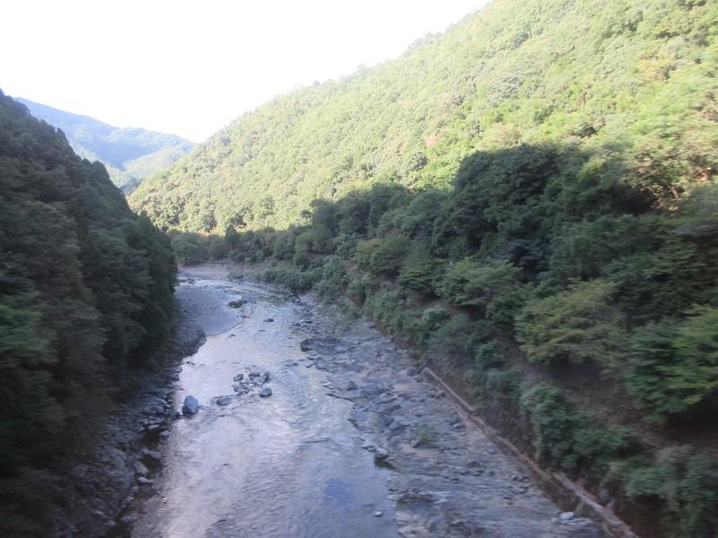 2020.9.15 (98) 京都いきふつう - 保津峡嵯峨嵐山間 1600-1200