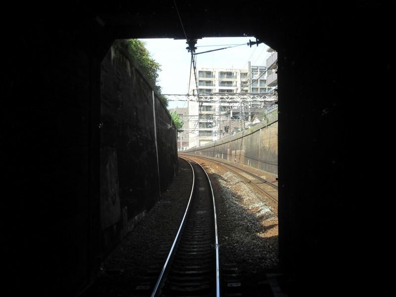 2020.10.16 (14) 一宮いき急行 - 名古屋栄生間(トンネルでぐち) 1600-1200