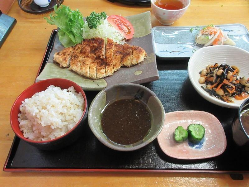 2020.10.22 (13) 五郎丸 - やきとんかつ定食 1600-1200