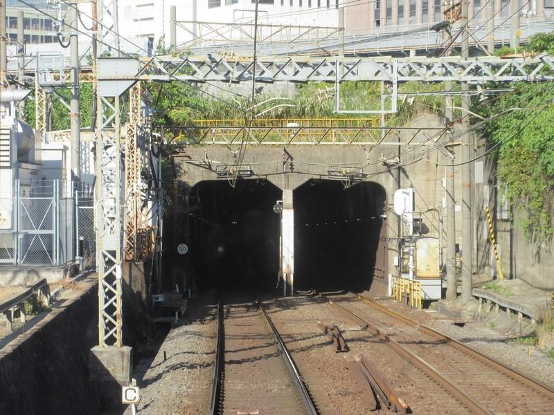 2020.10.27 (77) 名古屋いきふつう - 米野名古屋間(トンネルいりぐち) 1600-1200