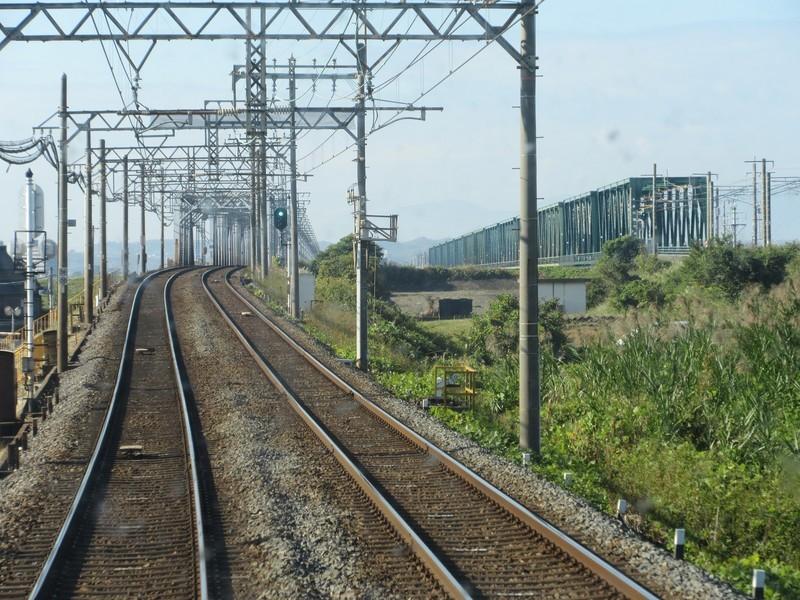 2020.11.13 (36) 松阪いき急行 - 木曽川鉄橋 1600-1200