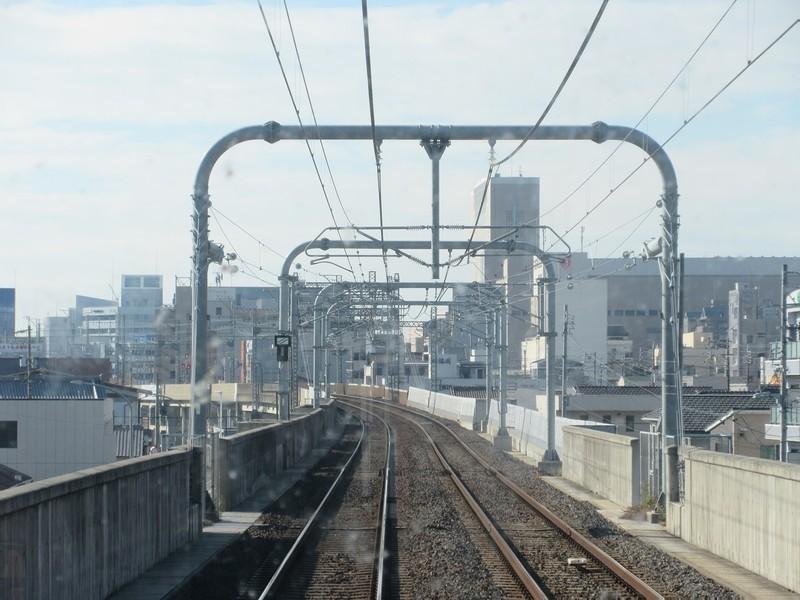 2020.11.13 (64) 松阪いき急行 - 三滝川をわたる 1400-1050
