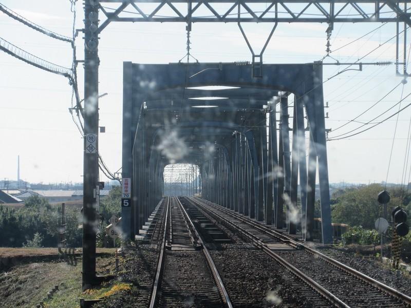 2020.11.13 (72) 松阪いき急行 - 鈴鹿川鉄橋 1600-1200