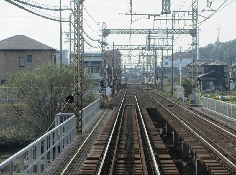 2020.11.13 (86) 松阪いき急行 - 金沢川をわたる 1590-1180