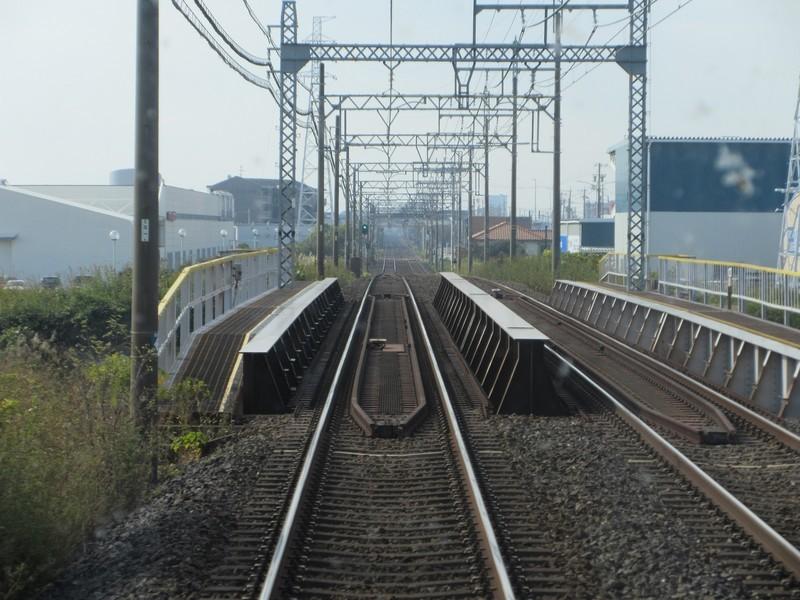 2020.11.13 (92) 松阪いき急行 - 中ノ川をわたる 1600-1200