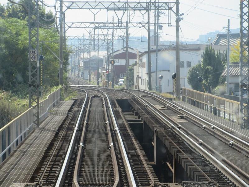 2020.11.13 (113) 松阪いき急行 - 岩田川をわたる 1600-1200