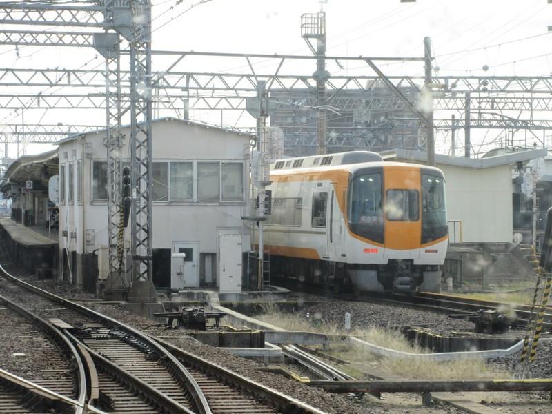 2020.11.13 (123) 伊勢中川(名古屋いき特急) 1600-1200