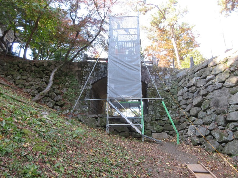 2020.11.29 (6) 岡崎城 - 廊下橋 2000-1500
