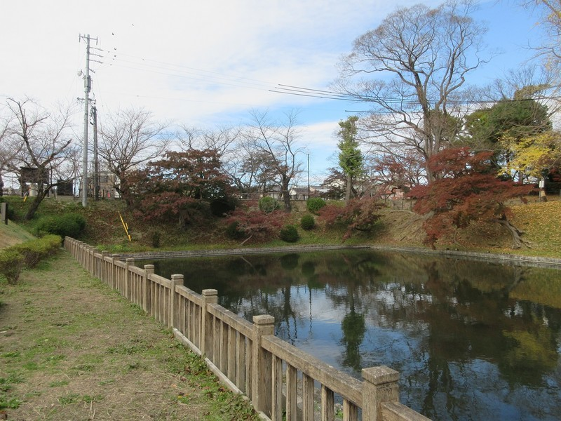 2020.11.29 (37) 岡崎城 - 竜城堀(にしおく) 1600-1200