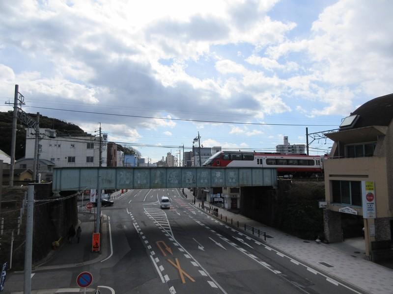 2021.2.9 (3-1) 電車どおりガード - 岐阜いき特急 1600-1200