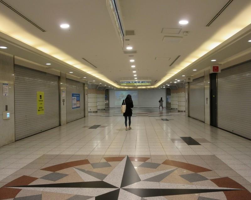 2021.2.15 (27) 名駅 - エスカ地下街 1510-1200