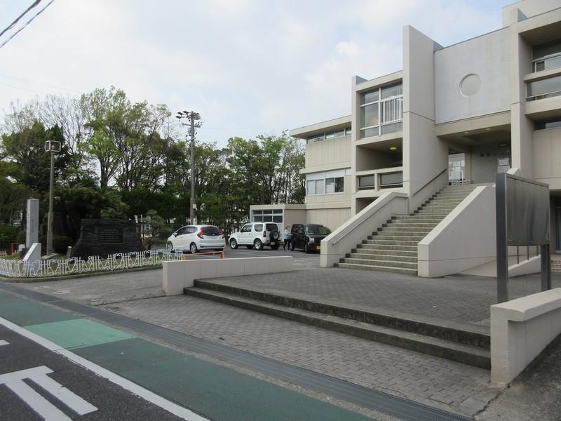 2021.4.1 (22) 刈谷市城町図書館 1600-1200