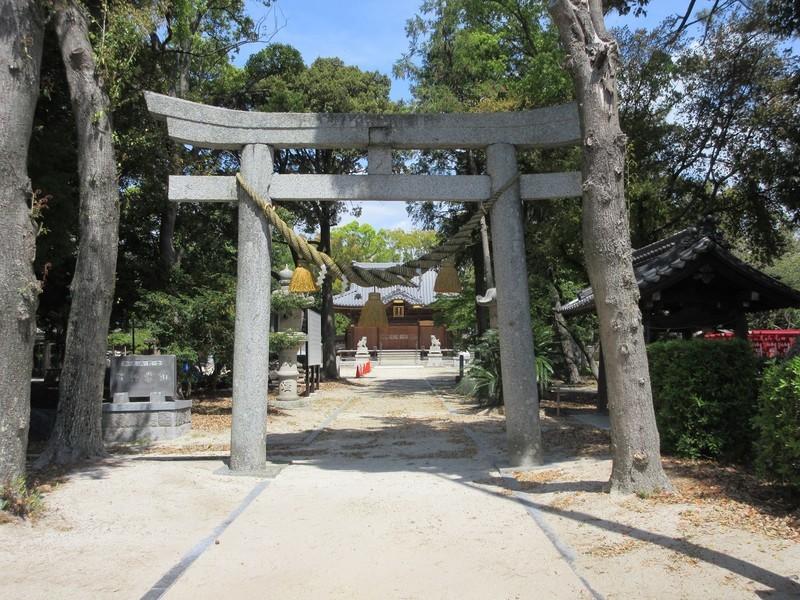 2021.4.12 (1) 古井神社 - とりい 1600-1200