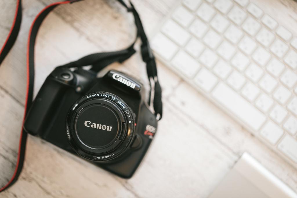 cannonのカメラの写真