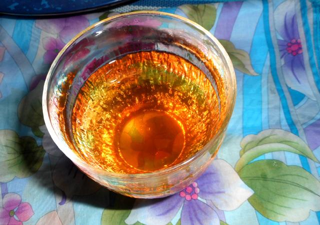 柿の葉茶でビタミンCのこまめな補給