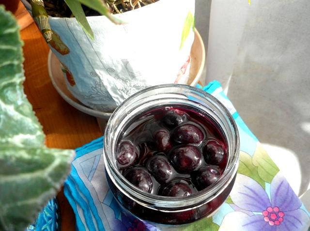 ハチミツブルーベリーは発酵させてから冷蔵庫に保管