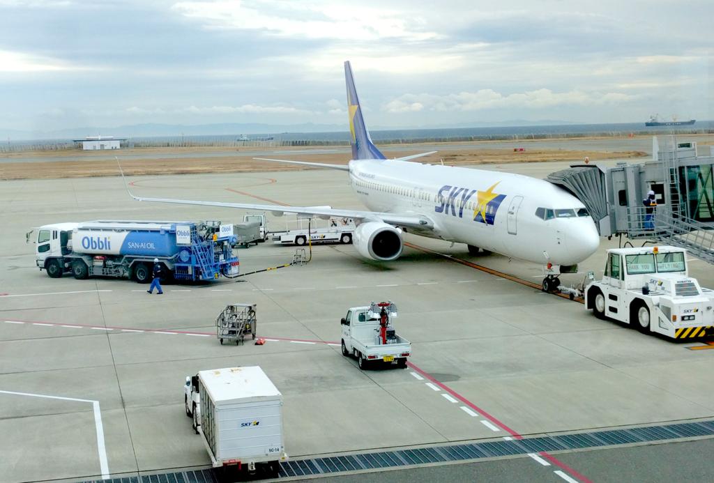 神戸空港ののスカイマークの機体の写真