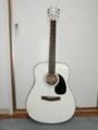 スズキの白いギター・1