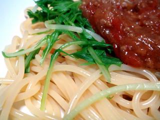 水菜とミートソース