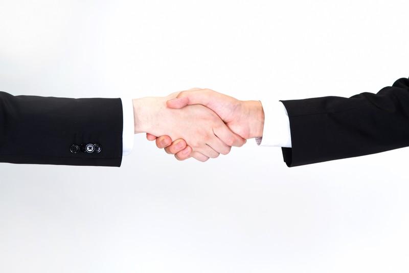 握手から始まる信頼