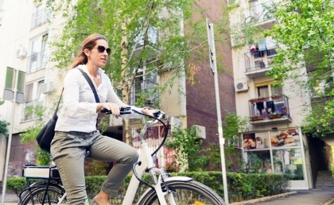 e-bikeと電動アシスト自転車の違い