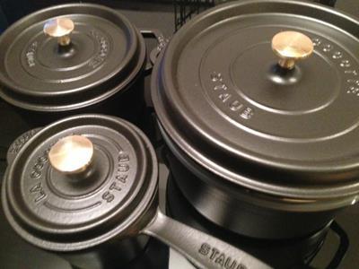 無水鍋なら断然ストウブ!かわいいだけじゃなくご飯も美味しく炊ける万能鍋ストウブとは?