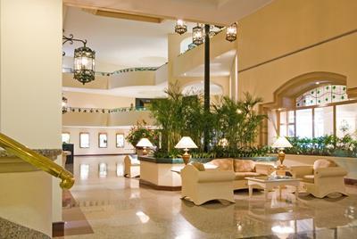 優雅な気分を味わうならホテルのアフタヌーンティーがオススメ