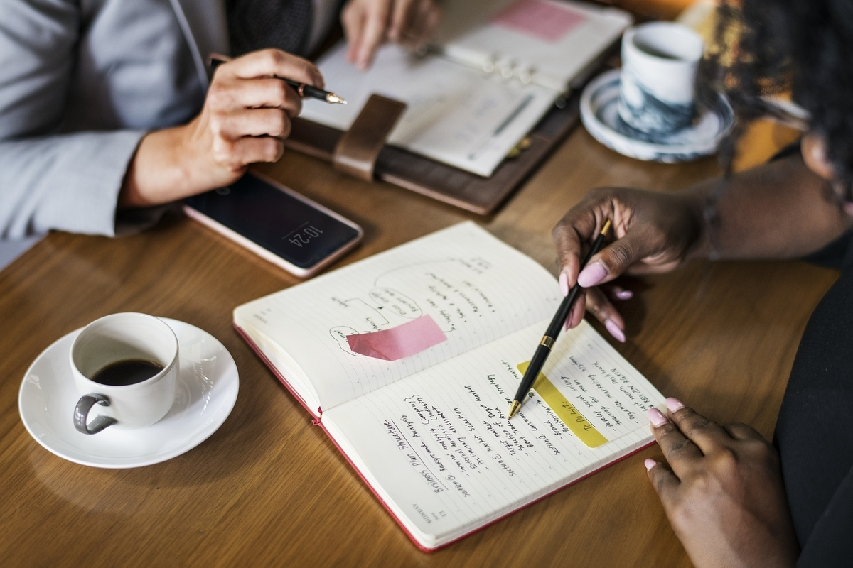 転職キャリアアップ - あなたの転職活動を手助けしてくれるリファレンスを頼むべき人とは