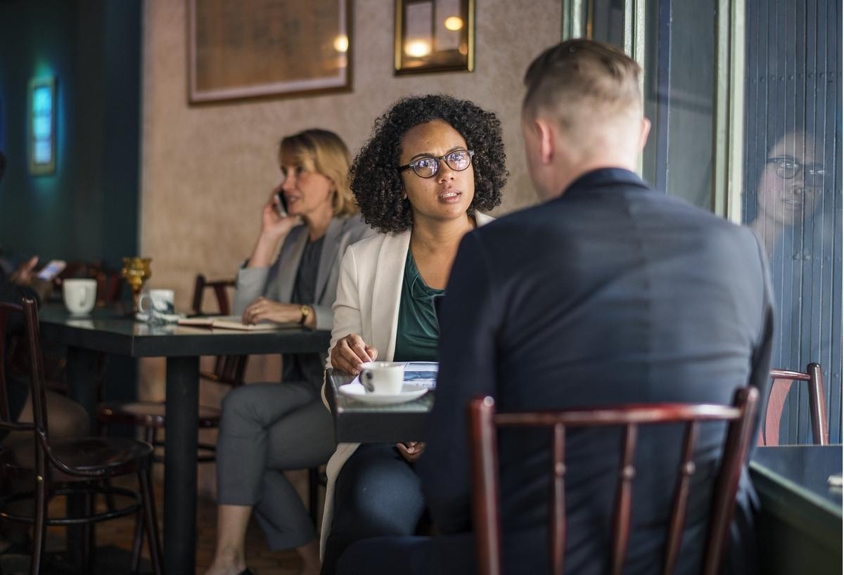 転職キャリアアップ - 転職活動中にカフェ面接に招待された時に読むべきアドバイス