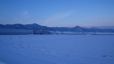山形市の田んぼの雪景色
