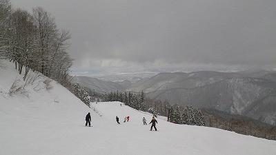 3月11日の東根市のスキー場・ジャングルジャングル