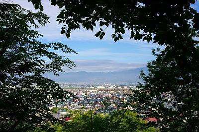 村山の葉山の眺めもあっぱれです。
