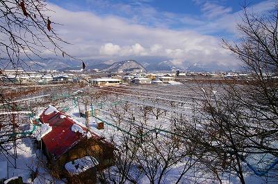 神町中学校、大盛工業団地方面を眺める風景