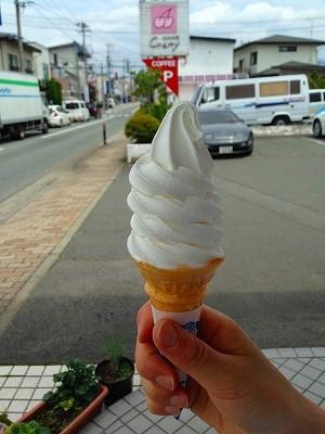 東根市神町のチェリーさんのソフトクリーム美味しかったです。