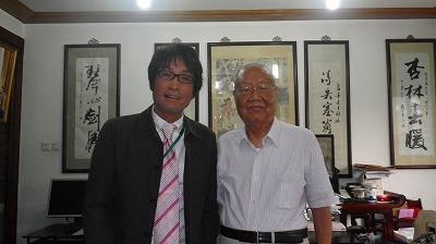その後はなんと朱良春先生のご自宅にお招きされまして、記念の一枚です。
