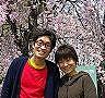 妻とパチリ
