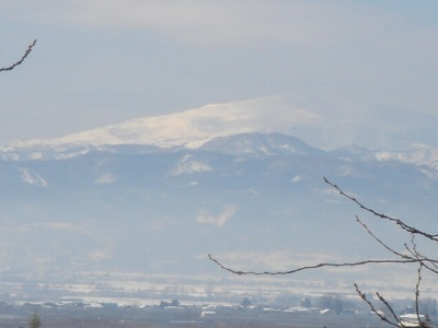 母なる山、月山です