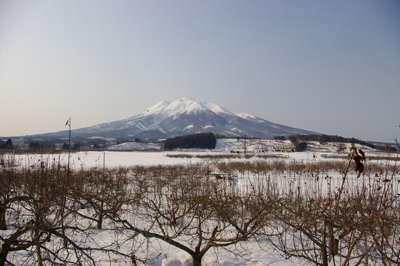 青森県弘前市 岩木山