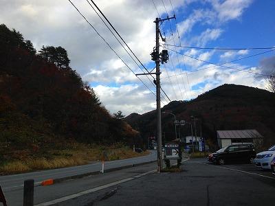 紅葉もそろそろ終わりの季節です