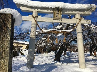 雪の板垣神社