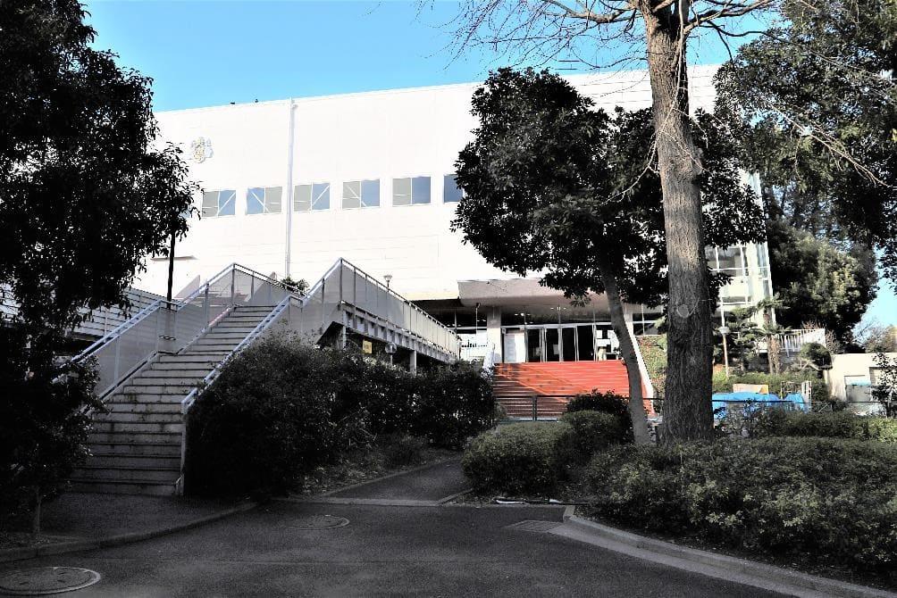 Tsurumi University & Tsurumi Junior College 13