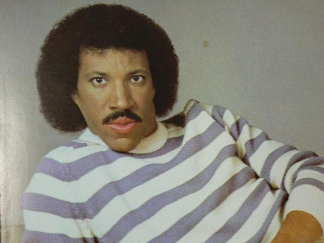 Lionel Richie シルバニアファミリーのハリネズミが、ティナ・ターナーにしか見えない件