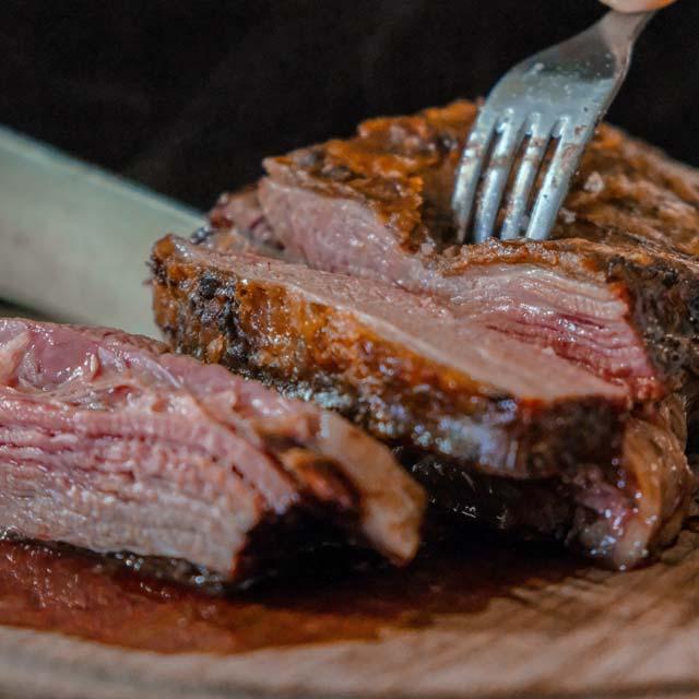 ふるさと納税の安い肉はスーパーの高級肉!?返礼品は安い肉が超絶オススメ!