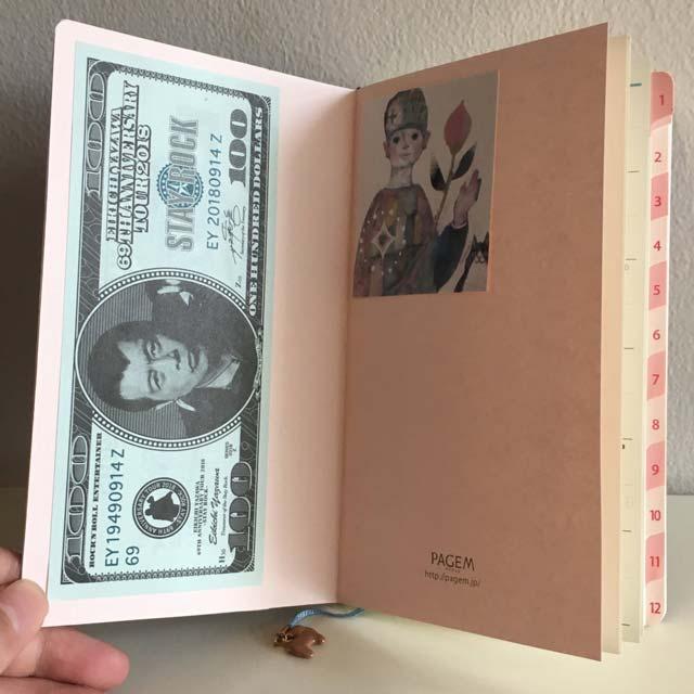 ペイジェムの大人気手帳「ファミリー×Monthly」をセルフアレンジ!手帳を開くのが楽しくなる工夫がいっぱい