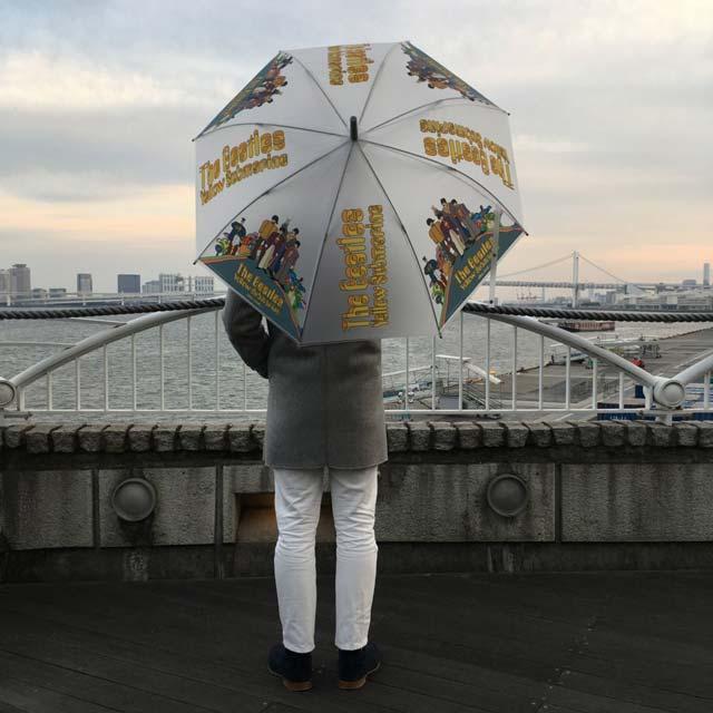 niko and ...(ニコアンド)×ビートルズのイエローサブマリンの傘を紹介