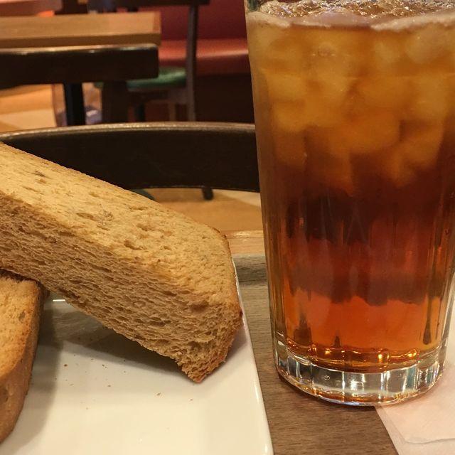 モリバコーヒーのモーニングメニューCセットのトーストは超肉厚