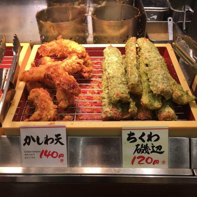 丸亀製麺 オススメメニューその6)とり天、かき揚げ+ソースの天丼